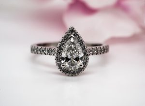 Diamond pear shape ring 304