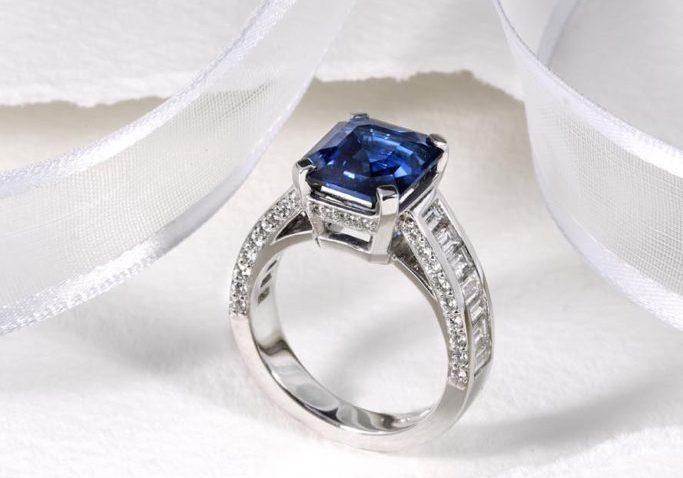 Cheshires Sapphire